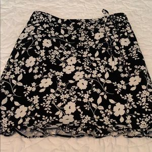 Willi smith size 10 floral skirt